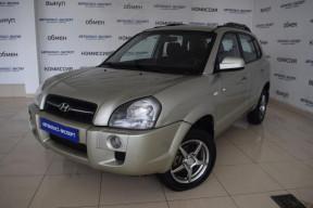 Hyundai Tucson 2.0 MT 4WD (141 л. с.)