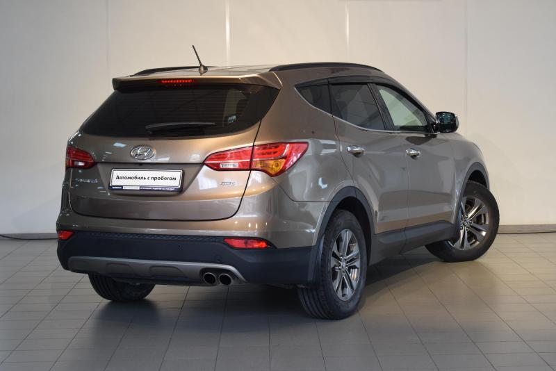 Hyundai Santa Fe 2.4 AT 4WD (174 л. с.)
