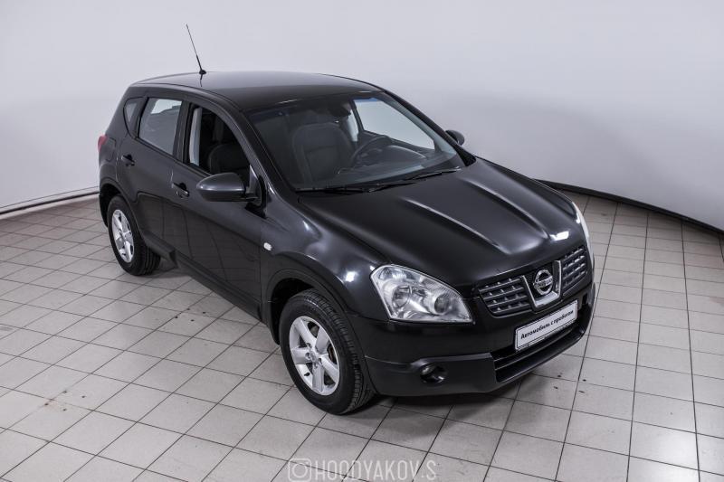 Nissan Qashqai 2.0 CVT 4WD (140 л. с.)