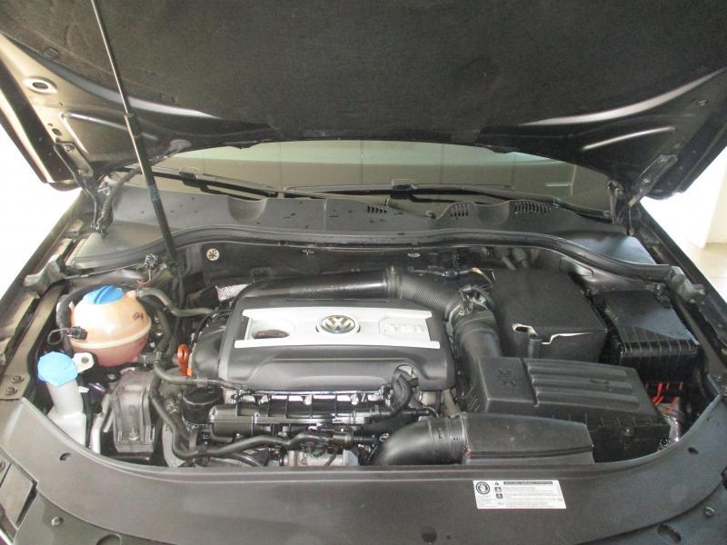 Volkswagen Passat 1.8 TSI MT (152 л. с.)
