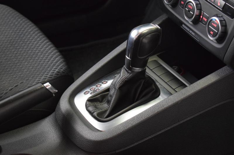 Volkswagen Jetta 1.4 TSI DSG (150 л. с.)